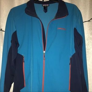 Blue Patagonia wind breaker